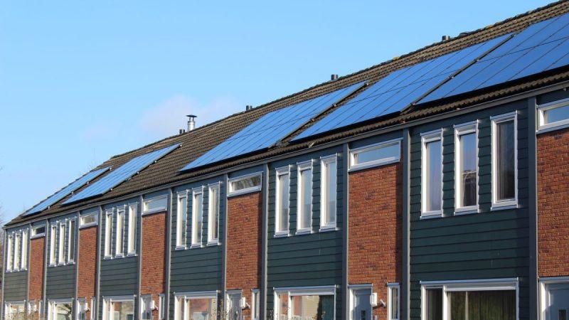 zonnepanelen woningcorporatie